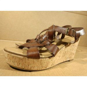 GH BASS Co  9.5 M brown leather cork wedge sandals